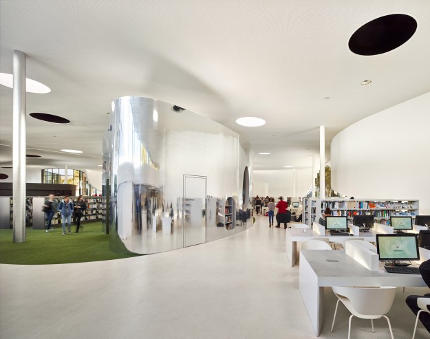 media-third-place-library-type-in-thionville-dominique-coulon-architecture-france_dezeen_2364_col_21