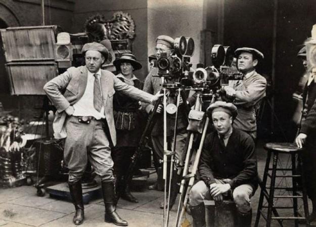 film-director_950x700-upscale