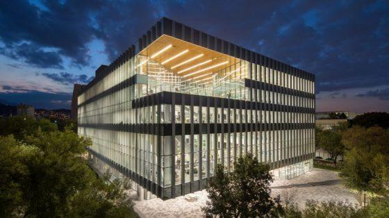 library-sasaki-monterrey-tec-architecture-mexico_dezeen_2364_hero-852x479