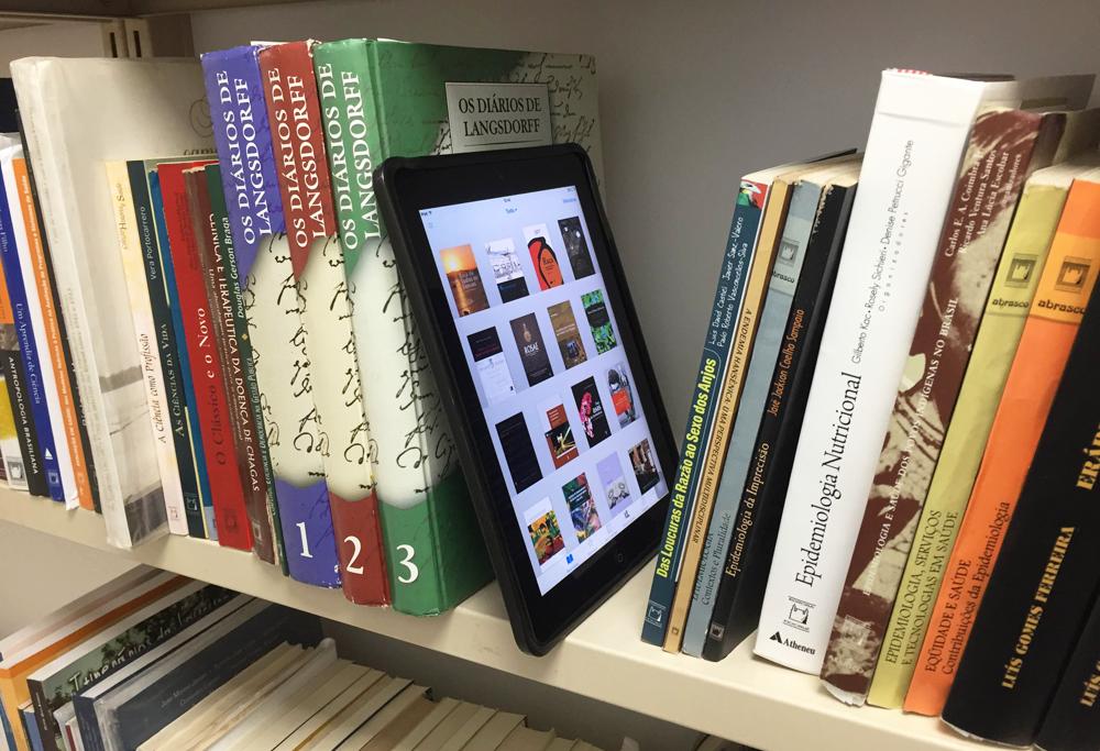 El Libro Electrónico En Las Bibliotecas Españolas