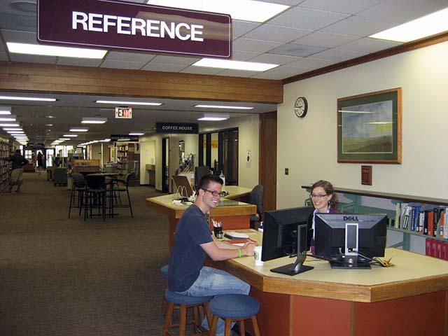 10-reference-desk