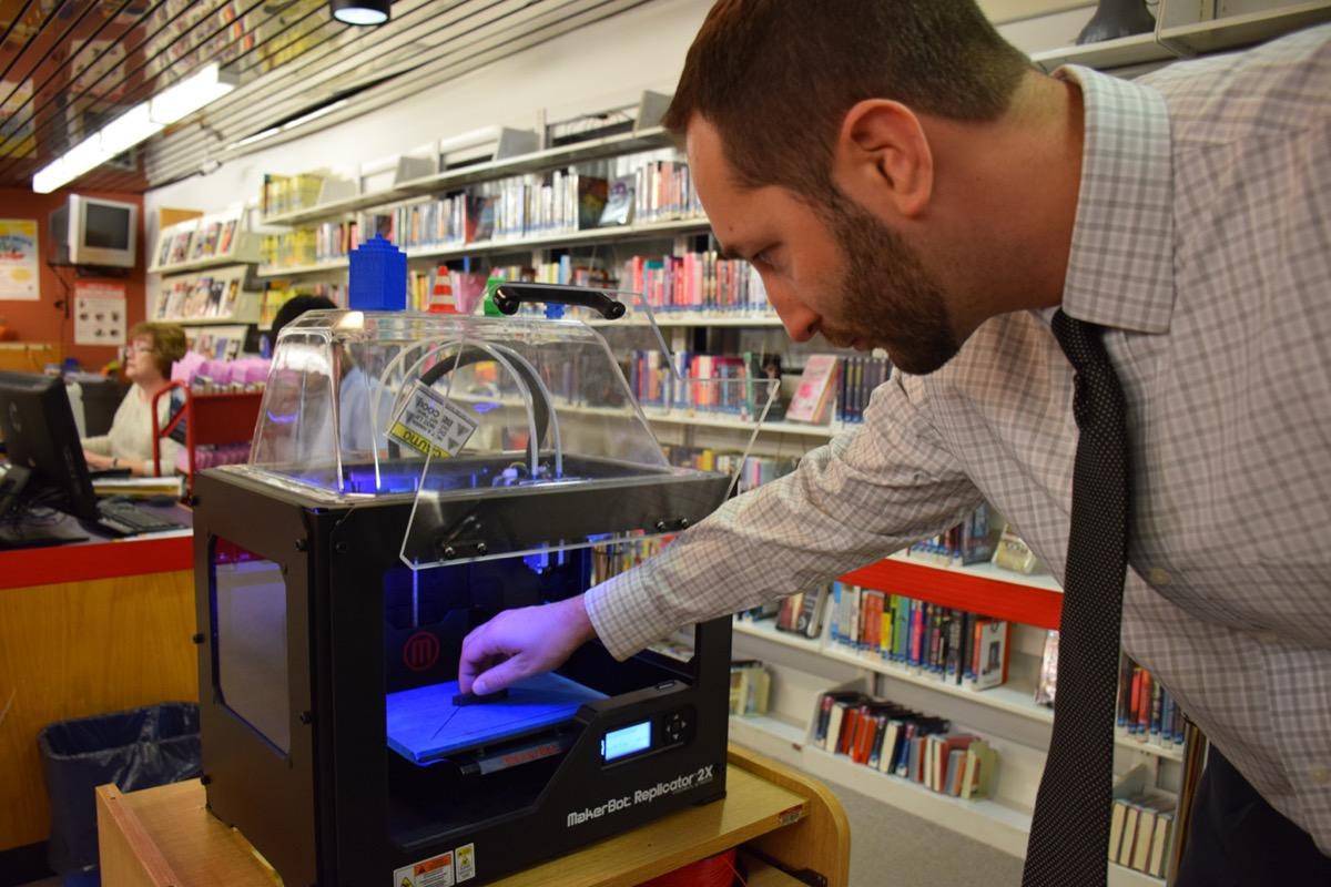 3d-printers-in-libraries-1