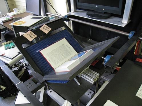 internet-archive-book-scanner-cc-by-dvortygirl-600x450-1